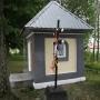 Polkowo - Kapliczka i krzyże przy wjeździe do wioski