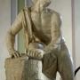 Rzeźba rotatora (szlifierza) wykonana z białego marmuru genueńskiego, autorstwa Jana Chryzostoma Redlera