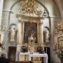 Ołtarz główny z obrazem Augustyna Mirysa przedstawiajacym Wniebowzięcie Najświętszej Marii Panny.