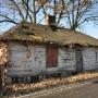Drewniany dom - przykład starego budownictwa podlaskiego w Międzyrzecu