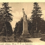 Pomnik poświęcony oficerom i żołnierzom 42-go Pułku Piechoty poległym w wojnie polsko- bolszewickiej 1920 roku. Ze zbiorów J. Murawiejskiego.