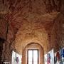 W remontowanych wnętrzach klasztoru, gdzie przez długie lata mieściły się sale lekcyjne, prezentowana jest wystawa prac plastycznych dzieci i młodzieży z Ośrodka Kultury w Sejnach.