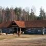 Dwór Modrzewiowy- tu odbywają się większe uroczystości.