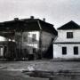 Pałacyk gościnny w 1919 roku widoczny od strony rzeki Białej.